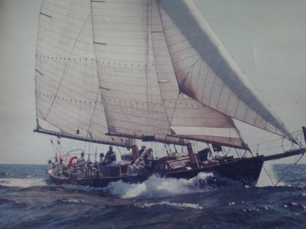 Sails - Minney's Yacht Surplus